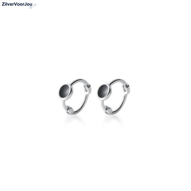 Zilveren mini black dot huggie hoops