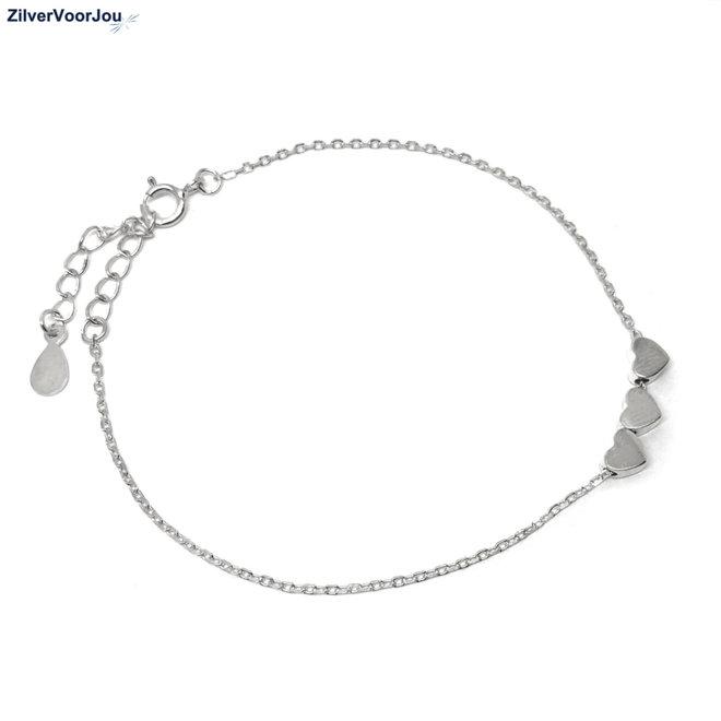 Zilveren armband 3 klein hartjes