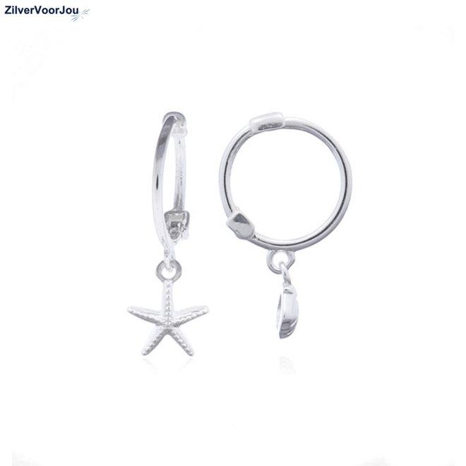 Zilveren huggie hoops schelp en zeester