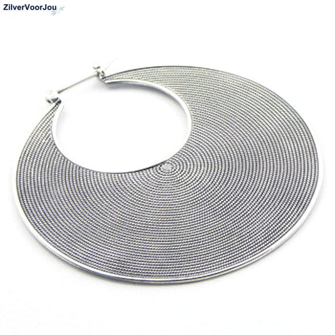 Zilveren grote Balinese oorringen 50 mm
