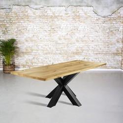 Massief eiken tafel |  rechte rand en 3D tafelpoot vierkant