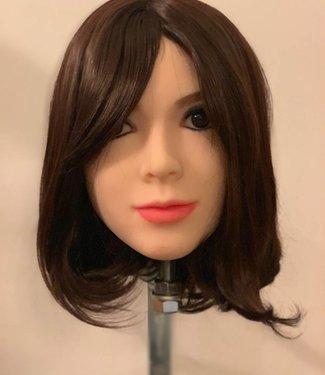 Damespruik 14 kort donkerbruin stijl haar met schuine lok