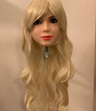 Damespruik 15 lang blond haar met slag en schuine lok