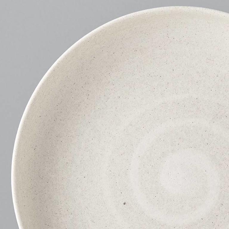 Recycled White Sand high rim plate 22cm 4.5cm
