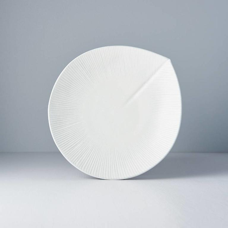 SNOW LEAF ROUNDED PLATE LGE 25.5X24X3.5H