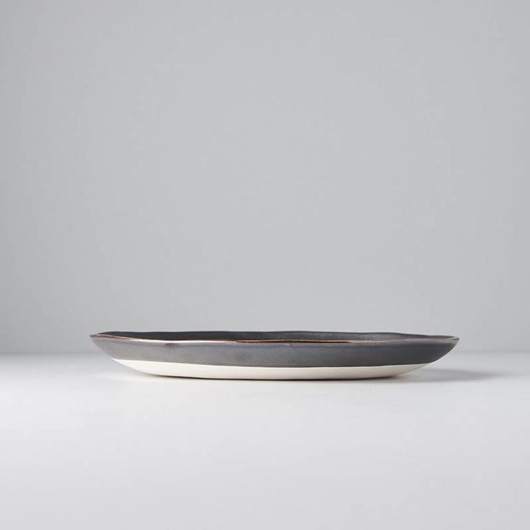 Plate Offcentre Black Metallic - Hand Made Look 24cm