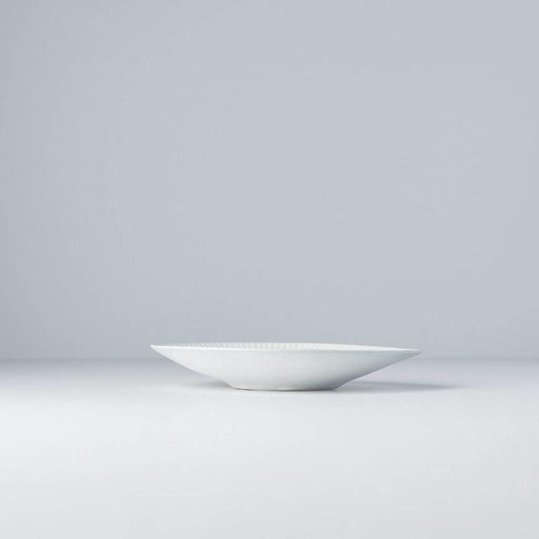 Snow Leaf Rounded Plate Small