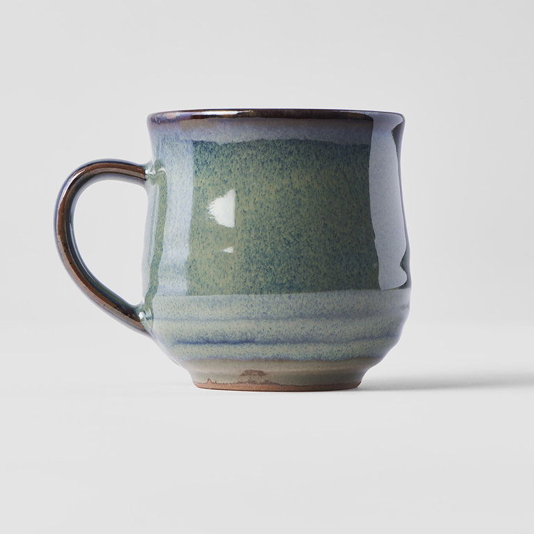 Mug with handle faded green with leaf design 8cm