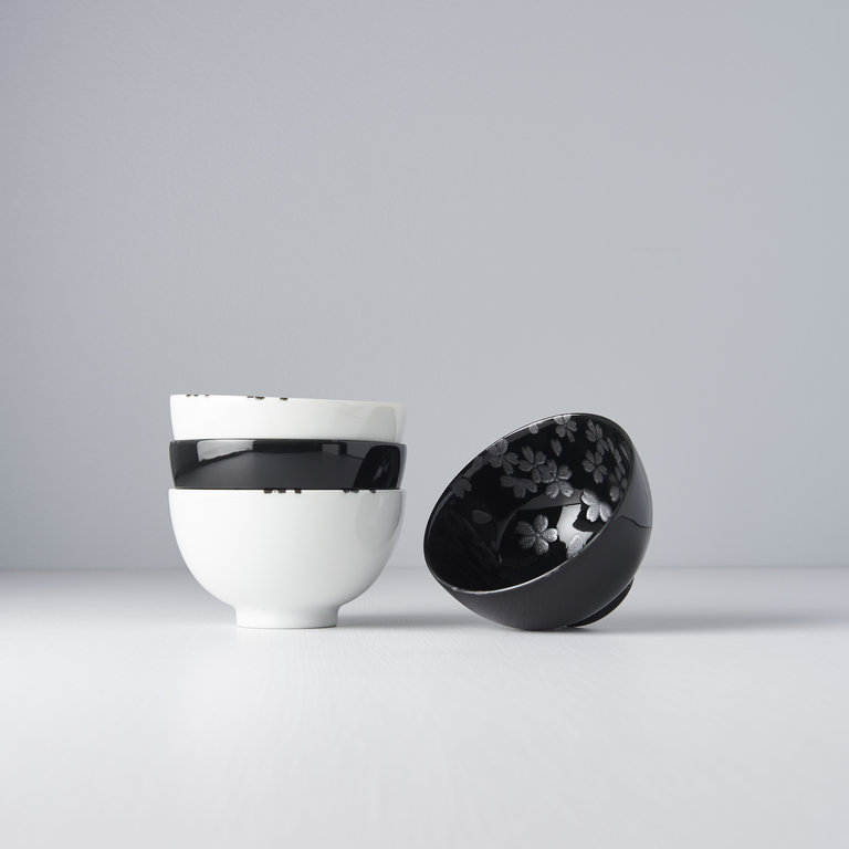 Japanese Cherry Blossom design 4 bowl set Design  11.5D
