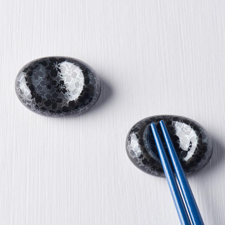 Chopstick rest pebble shape black sakura design