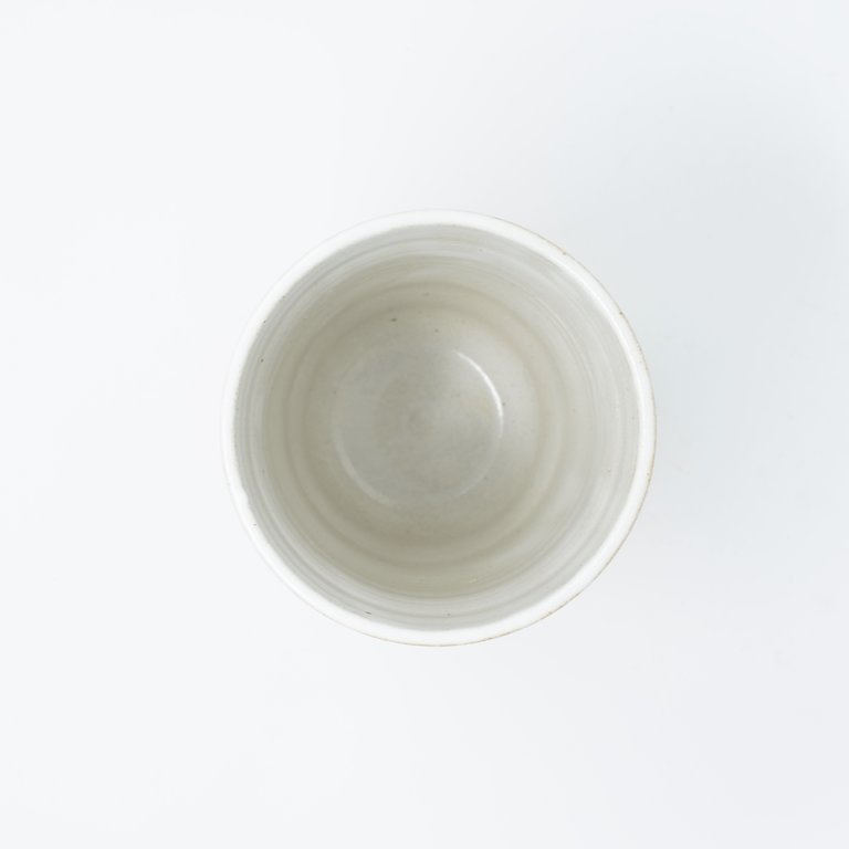 Sushi mug ridged bisque with white lines & red dots 13cm
