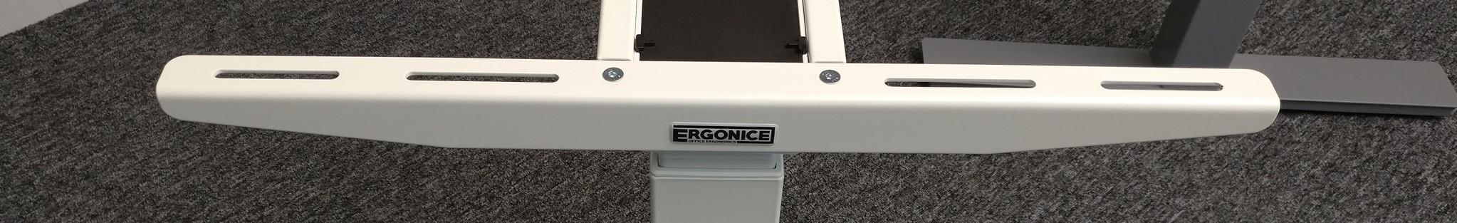 De bladdragers van het merk Ergonice zijn voorzien van sleuven en hierdoor geschikt voor bijna ieder bureaublad.