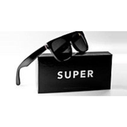 Retrosuperfuture zonnebrillen collectie met extra voordeel verkrijgbaar