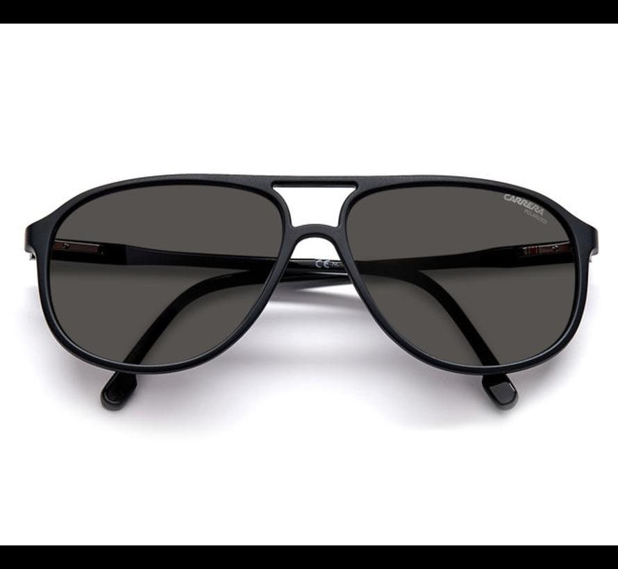 Carrera 257/S herenzonnebril van Carrera in de kleur matzwart en voorzien van polariserende glazen
