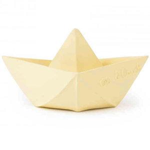 Oli & Carol Origami boat vanilla teething and bath toy