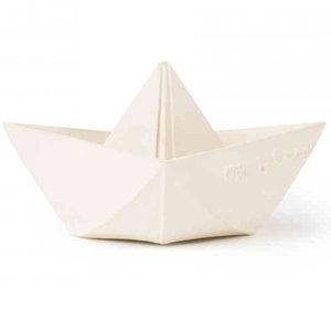 Oli & Carol Origami boat white teething and bath toy