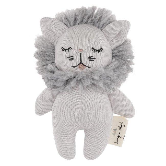 Konges Sløjd Mini Löwe Kuscheltier Rassel Grau
