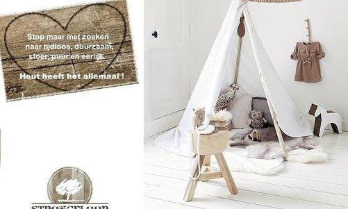 Witte houten vloeren