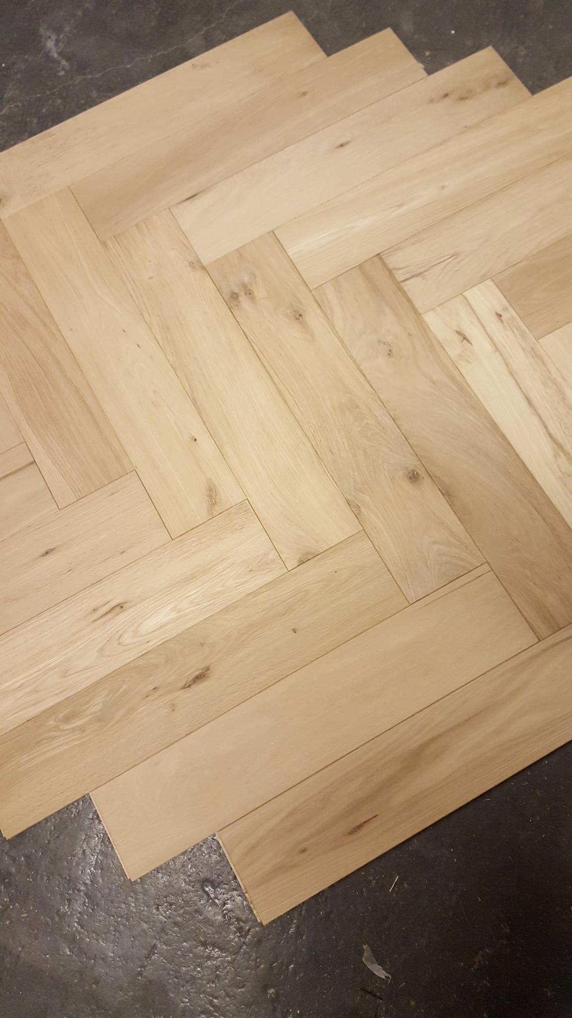 Eiken visgraat houten vloer strongfloor houten vloeren
