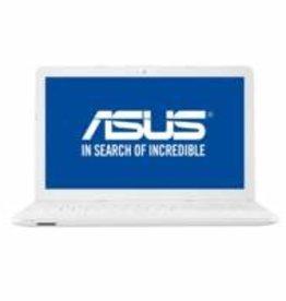 Asus Asus X541UA WHITE 15.6  i3-7100U / 240GB SSD / W10