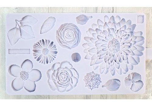 Karen Davies buttercreme flowers