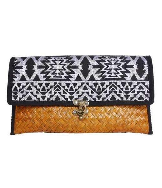 Offbeat Boutique Straw Clutch Aztec Black