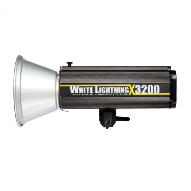 White Lightning Flash Unit X3200-1