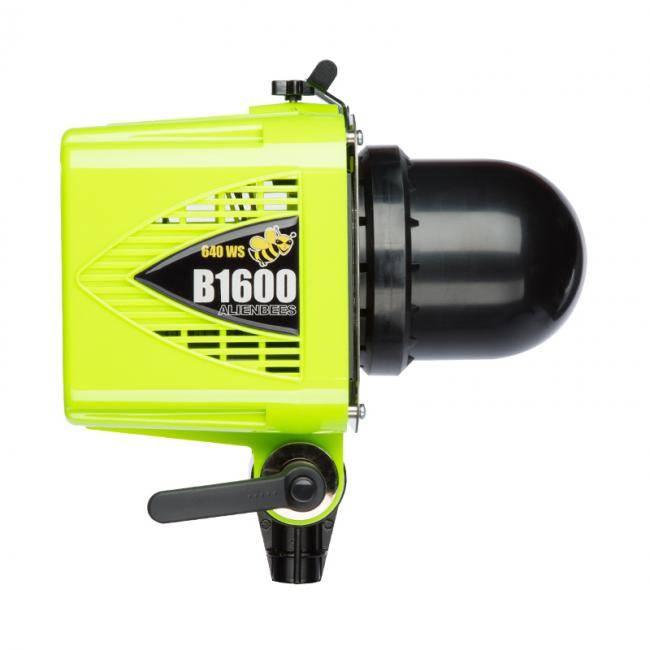AlienBees Flash Unit B1600-5