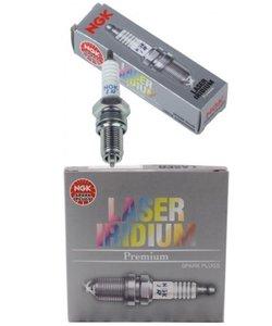 1X  spark plugs  LMAR8AI-10