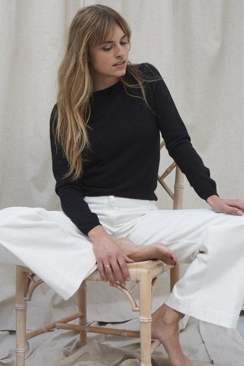 Marina Retroversa Sweater Black