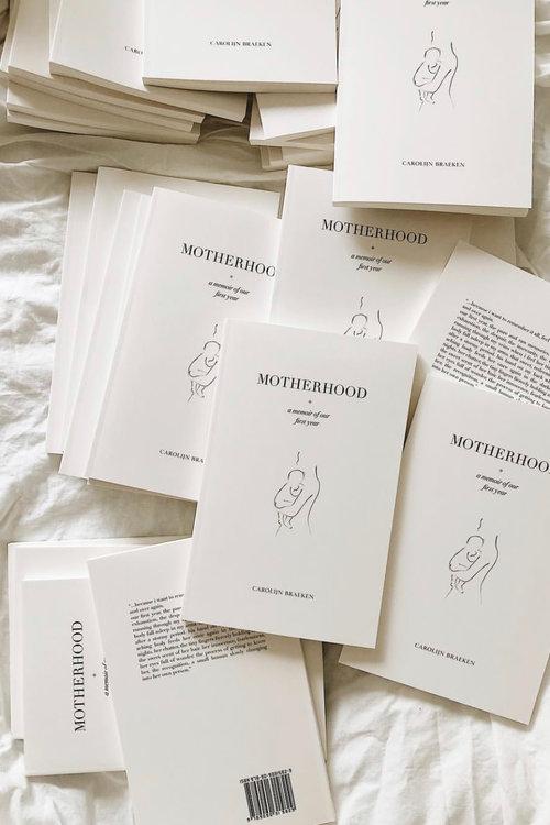 Motherhood by Carolijn Braeken