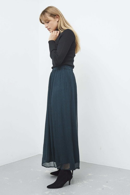 By Bar Pleun Chiffon Skirt