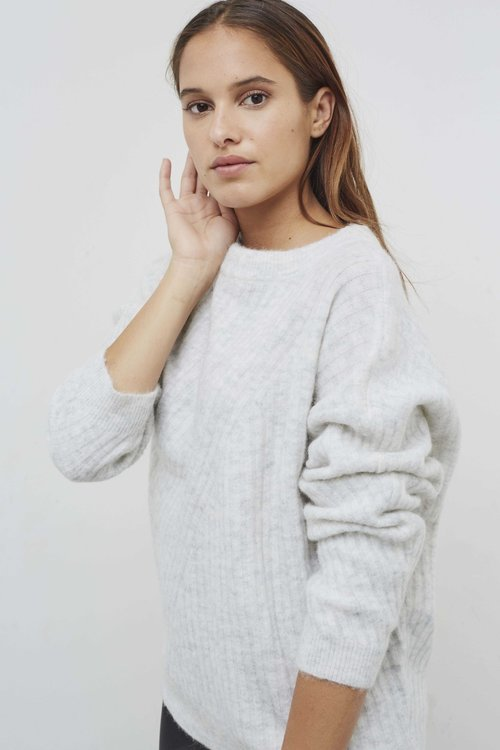 Knit-ted Simra Pullover