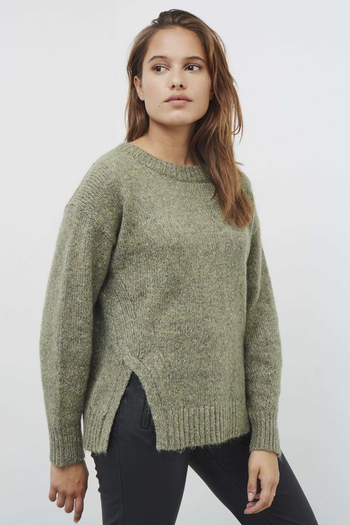 Knit-ted Sparkle Pullover