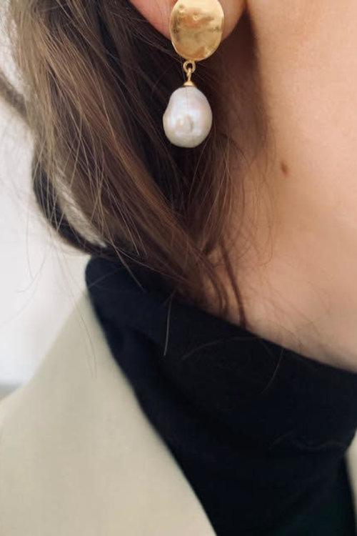 Mimi et Toi Jolie Earrings Gold