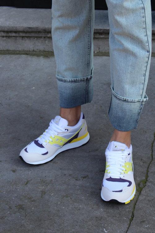 Saucony Azura Sneaker