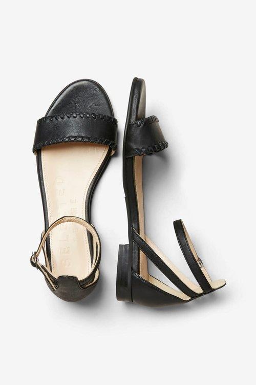 Merle Leather Flat Sandal