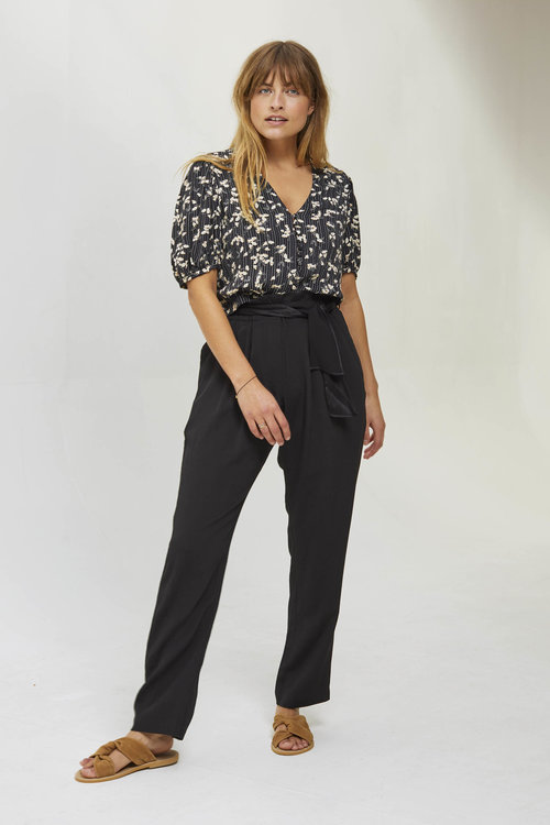 Sessun Montalvo Pants