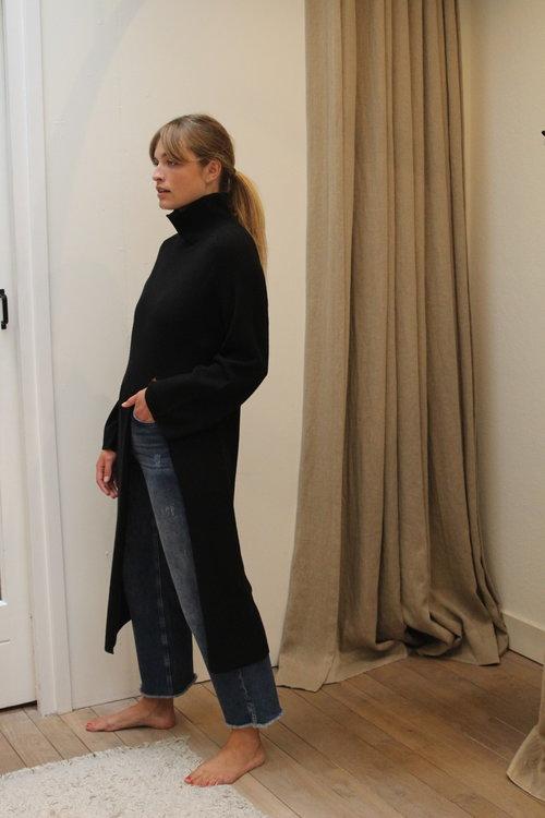 Caty Long Sweater