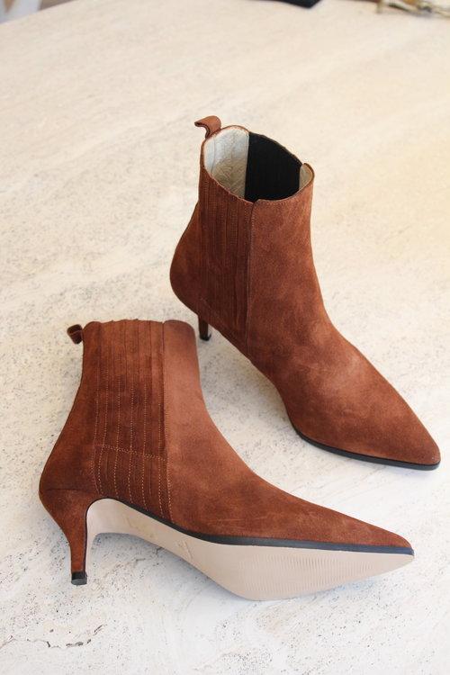 Ivylee Skylar Split Boots