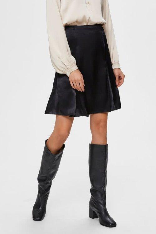 Selected Femme Maralda Short Satin Skirt