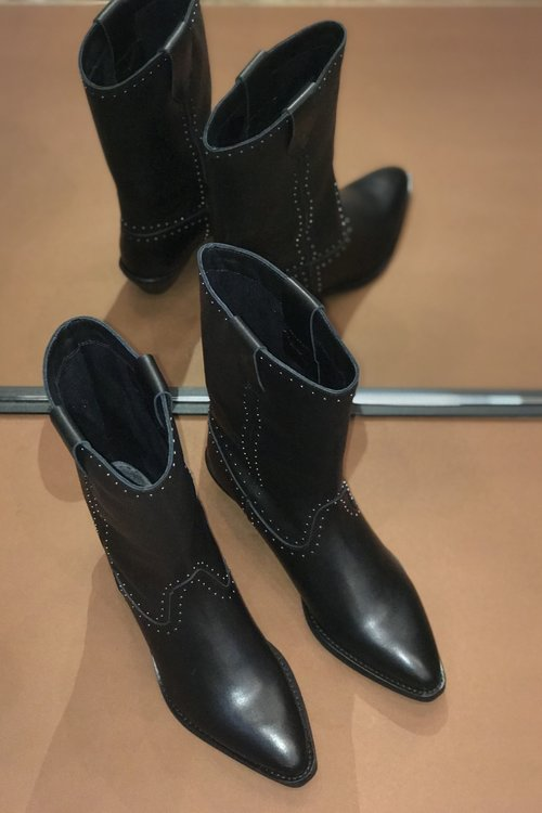 Ruby Tuesday Mack Boots