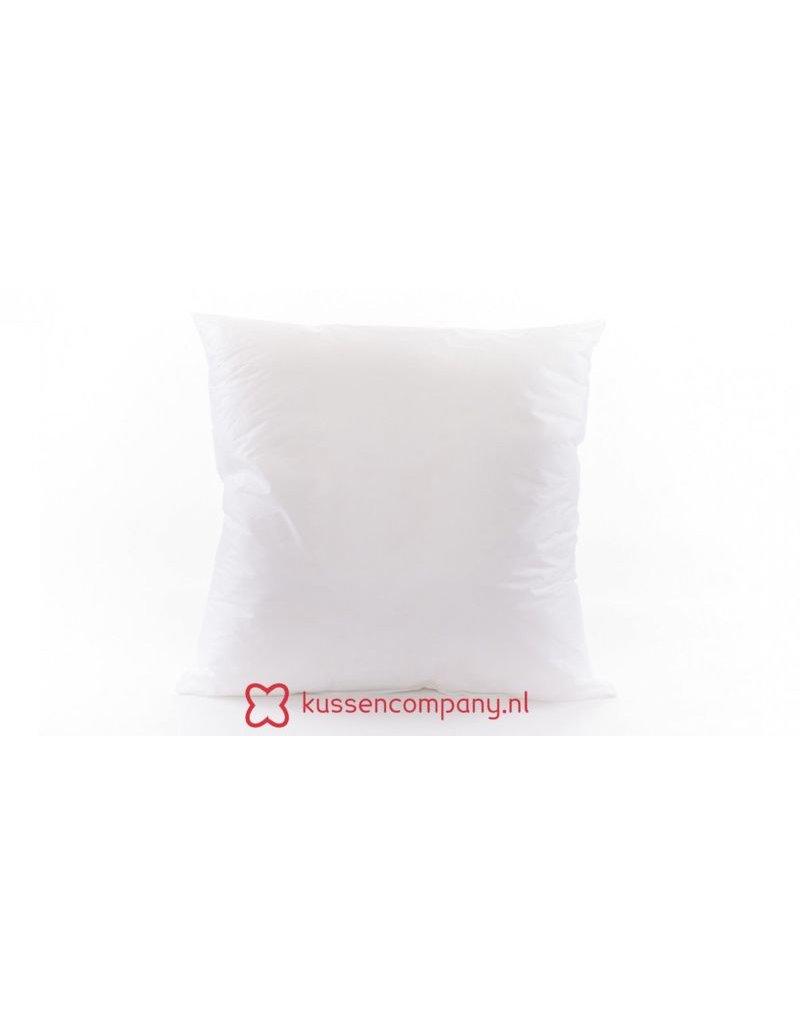 Damn A 45x45cm cushion is filled with a 50x50cm inner cushion!