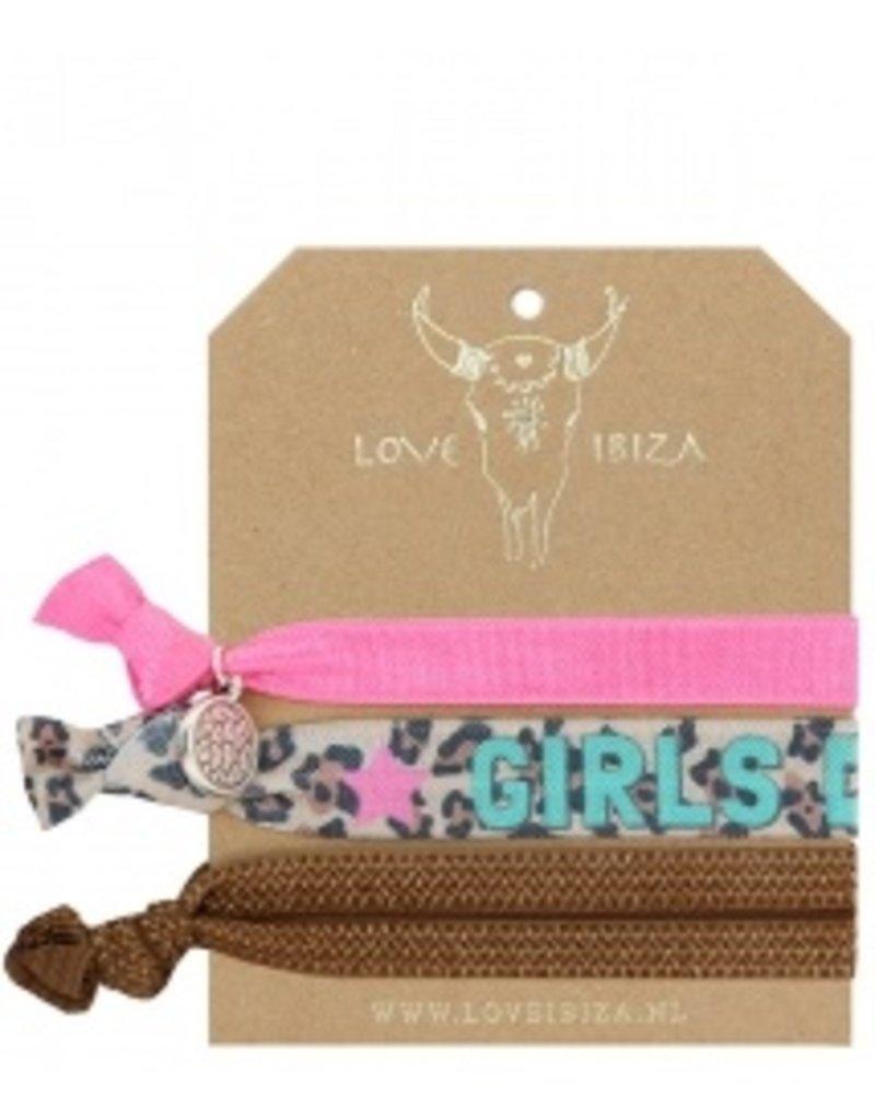 Love Ibiza Girls do it set van 3