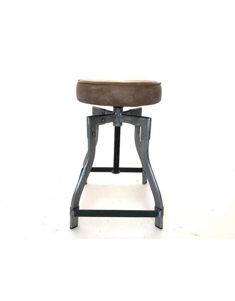 Damn Iron stool leather seat