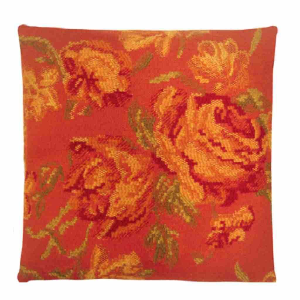 - Missy - Orange - Flower - Set van 2 - 45 x 45 cm