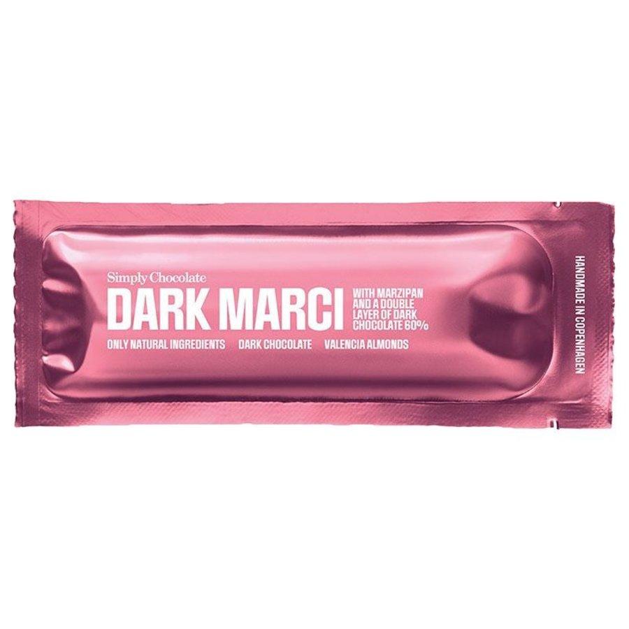 Dark Marci met Marsepein en 60% Dark Chocolade