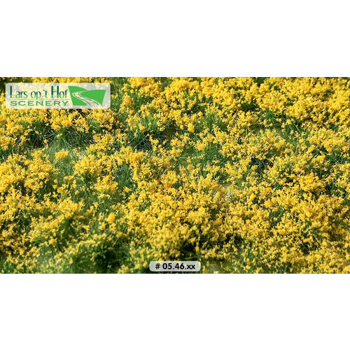 Lars op 't Hof Scenery 05.46 Bloemen geel 15 x 21 cm