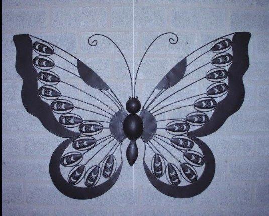 wandecoratie metaal vlinder 90x62 cm