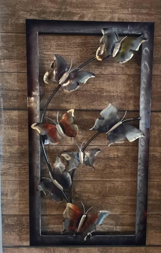 wanddecoratie vlinders met bloemen omlijst 44 x 81 cm